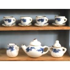 P39 Porseleinen luxe wit/blauw theeservies 13-delig
